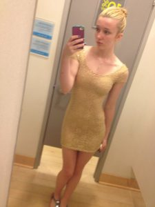 hautenges kleid selfie teen