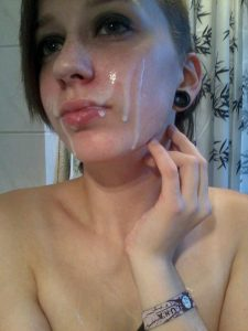 meine freundin liebt sperma im gesicht
