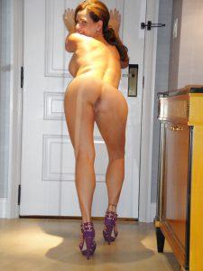 milf in heels