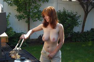 milf mit dicken titten am grill