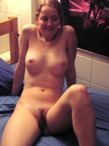 schuechterne freundin nackt foto