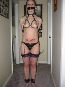 amateur slave sklavin foto