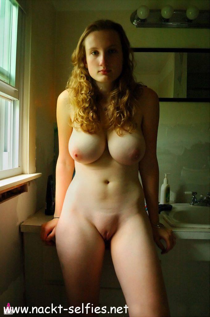Teens mit geilen titten nackt