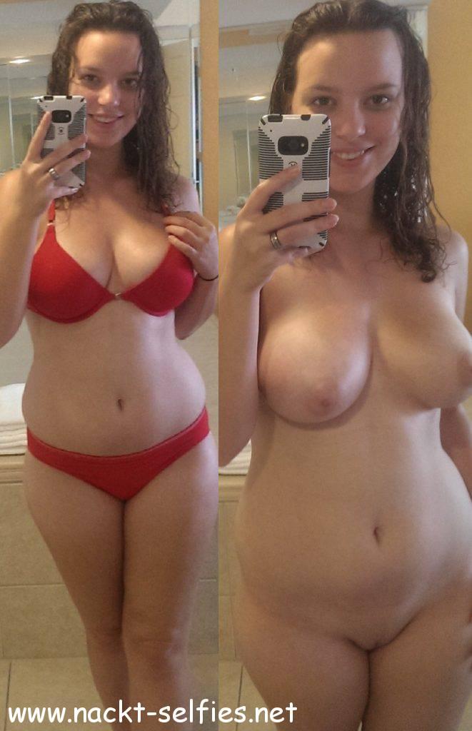 Bikini Nackt