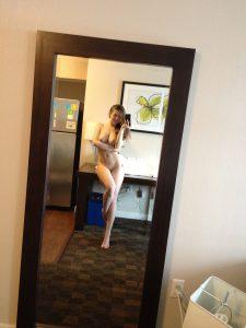 sexy body teen selfie nacktfoto