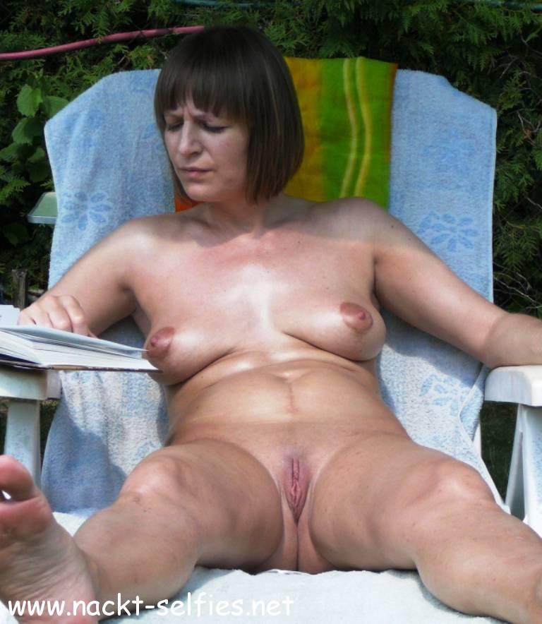 Selfie urlaub nackt Nacktfotos Urlaub